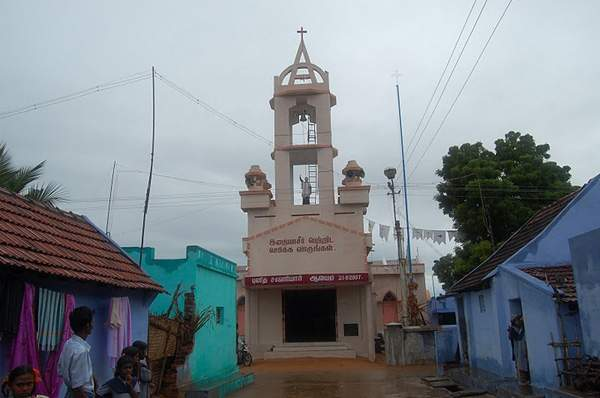 Singamparai Parish - Thalarkulam Church